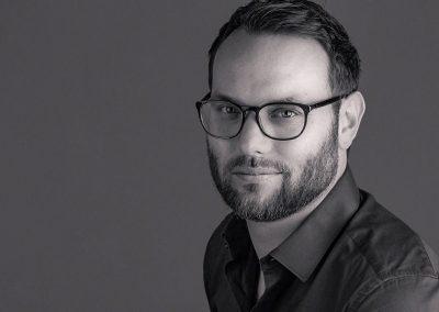 Headshot-Portrait-Designer-TomD